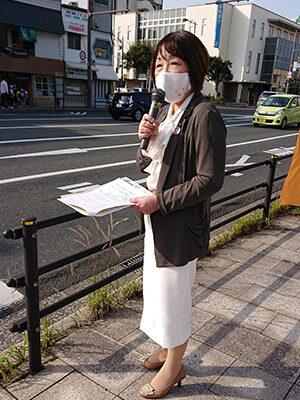 2021.5.10 門司駅前にて